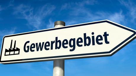 Mit einem Überbrückungskredit sichert die Gemeinde Ried ein neues Gewerbegebiet, das bis zum Jahr 2023 vermarket sein soll.