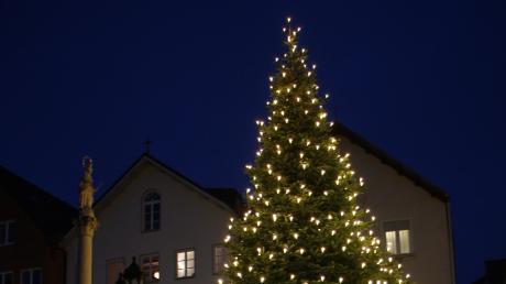 In Friedberg findet am Heiligen Abend ein Gottesdienst auf dem Marienplatz statt.