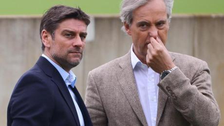 Sportdirektor Oliver Kreuzer (l) und HSV-Präsident Carl-Edgar Jarchow müssen sparen.