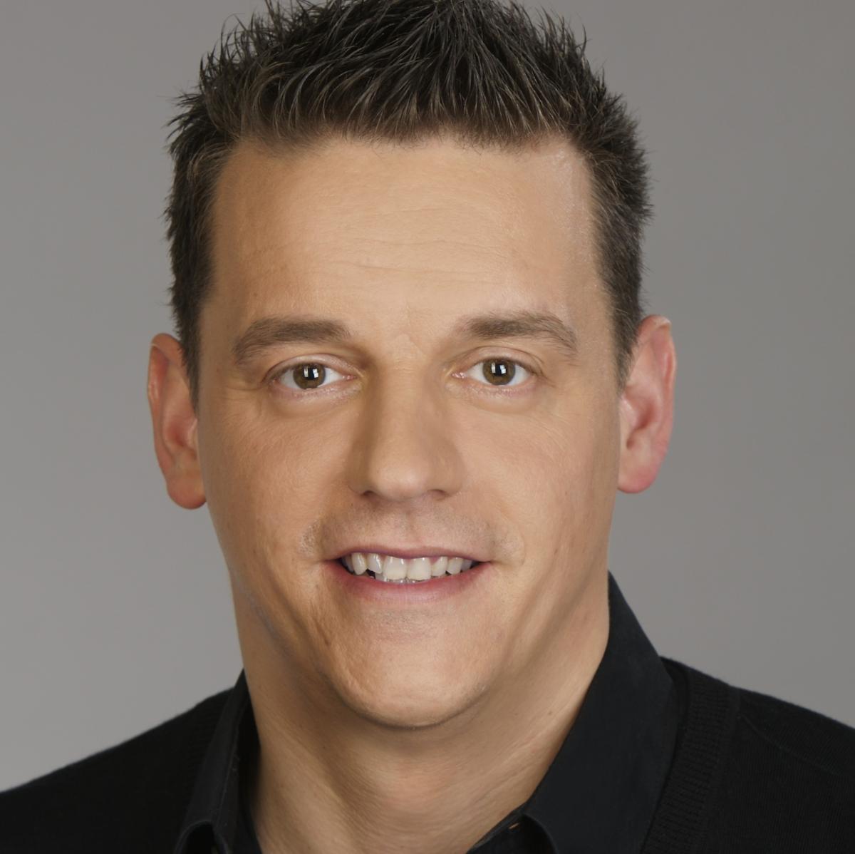 Kommentator Bei Der Wm Zdf Mann Oliver Schmidt Unauffallig