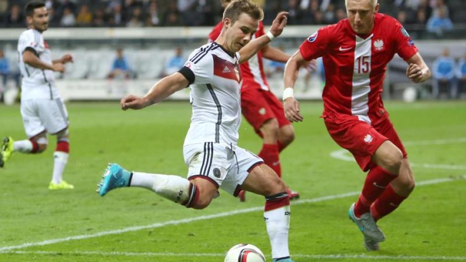 Em 2016 Deutschland Gegen Polen Hummels Und Götze In Der Startelf