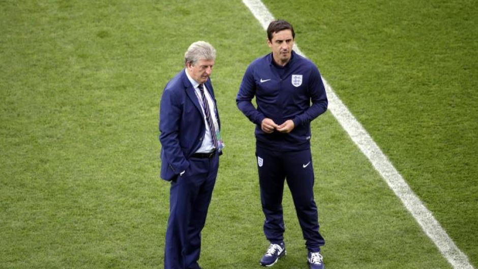 Fußball Englands Hodgson ändert Team Auf Sechs Positionen Fußball