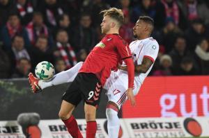 Bayern siegt locker in Freiburg - Streich dementiert Kontakt zu Münchnern