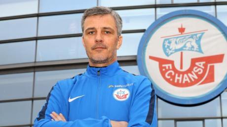 Trainer Jens Härtel hat mit dem FCHansa Rostock das Endspiel im mecklenburgischen Landespokal gewonnen. Foto/Archiv: Bernd Wüstneck