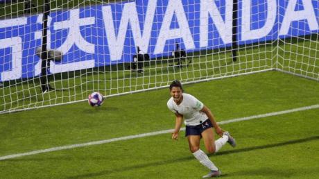 Frankreichs Valerie Gauvin feiert nach ihrem Treffer zum 1:0.