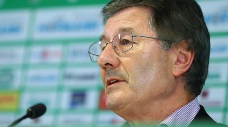 Der langjährige DFB-Vize verbindet mit dem künftigen DFB-Präsidenten Keller die Hoffnung auf einen Kulturwandel im Verband.
