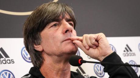 Joachim Löw muss gegen Argentinien und Estland einige Ausfälle verkraften. Foto: Christian Charisius/dpa