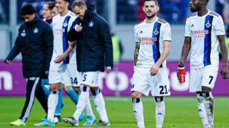 Der Hamburger SV kam in Wiesbaden nicht über ein 1:1 hinaus. Foto: Uwe Anspach/dpa