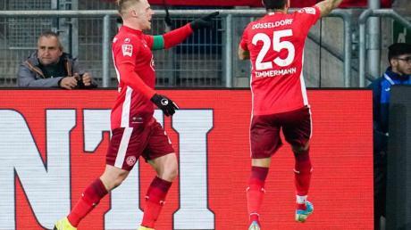 Fortuna Düsseldorf spielt heute, am 14.12.19 gegen RB Leipzig. Wir erklären, wie Sie das Spiel live im TV und im Stream sehen.
