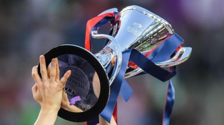 Die Champions League der Frauen wurde reformiert: Der Pokal des Wettbewerbs.