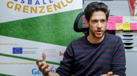 Karlos El-Khatib ist der Leiter des Projektes «Fußball Grenzenlos».