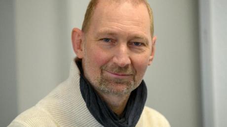 Eins Fußball-Europameister, heute Lehrer: Dieter Eilts.