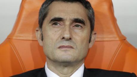 Könnte beim FC Barcelona seinen Job verlieren: Trainer Ernesto Valverde.