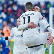 Eintracht Frankfurt spielt beim Fußball heute am 26.5.20 in der Bundesliga gegen den SC Freiburg. Hier gibt es die Infos zur Übertragung im Live-TV und Stream.