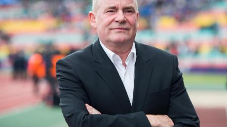 Siegfried Dietrich ist Manager des Rekordmeisters 1. FFC Frankfurt.
