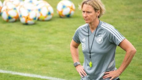 Tritt mit Deutschlands Fußball-Frauen beim Algarve-Cup an: Bundestrainerin Martina Voss-Tecklenburg.