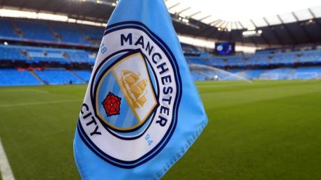 Das Nachholspiel zwischen Manchester City und dem FC Arsenal ist wegen des neuartigen Coronavirus verschoben worden.