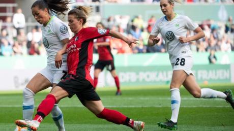 Auch in der Fußball-Bundesliga der Frauen wird die Saison bis zum 30. April ausgesetzt.