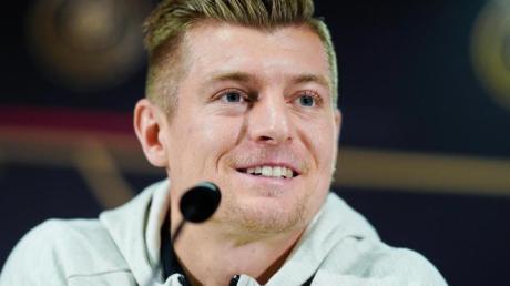 Real Madrids Star Toni Kroos wird sich den Start der Bundesliga ganz genau anschauen.