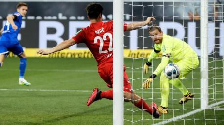 Christoph Baumgartner (2.v.l.) war der Matchwinner beim Hoffenheimer Sieg gegen Köln.