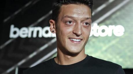 Verliert einem Medienbericht zufolge seinen Sponsor Adidas: Mesut Özil.