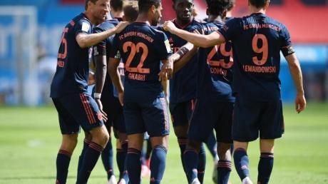 Wollen gegen Eintracht Frankfurt den Einzug ins Pokalfinale fix machen: Die Spieler des FC Bayern München.