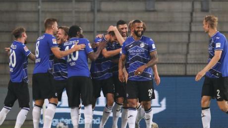 Arminia Bielefeld steht schon vor dem letzten Spieltag als Meister der 2. Liga fest.