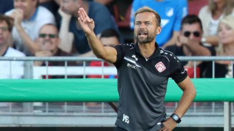 Will mit den Würzburger Kickers aufsteigen:Trainer Michael Schiele.