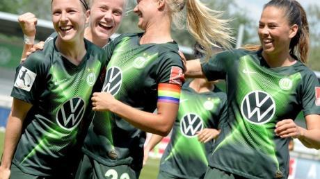 Die Wolfsburgerinnen wollen zum sechsten Mal den DFB-Pokal gewinnen.