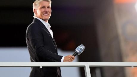 Hat, nach Günter Netzer, noch Verbesserungspotenzial als TV-Experte: Bastian Schweinsteiger.