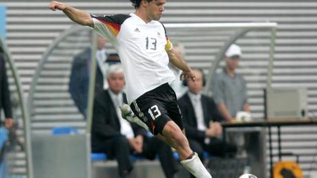 Der ehemalige deutsche Mittelfeldspieler und Kapitän Michael Ballack ist in die Hall of Fame des deutschen Fußballs aufgenommen worden.