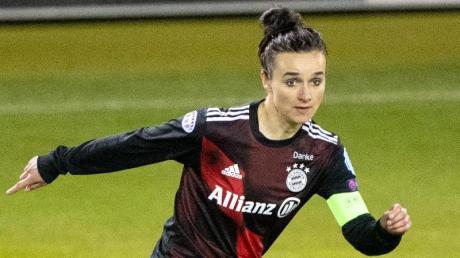 Wünscht sich mehr Profitum im Frauen-Fußball: Lina Magull.