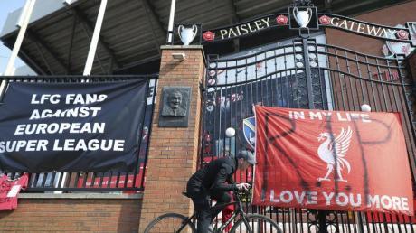 Auch die Fans des FC Liverpool hatten gegen die geplante Super League protestiert.