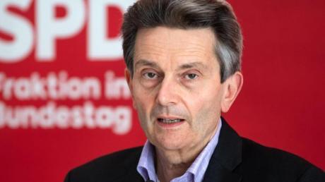 Fordert den Rücktritt von DFB-Präsident Fritz Keller: SPD-Politiker Rolf Mützenich.