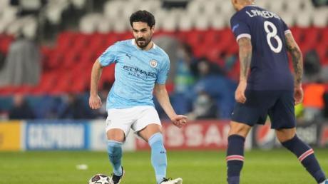 Ilkay Gündogan (l) steht mit Manchester City im Finale der Champions League.