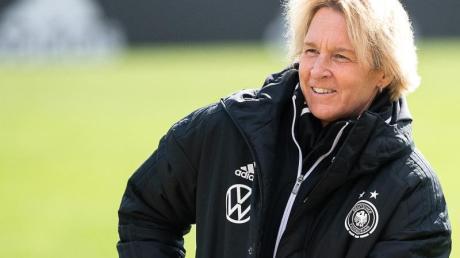 Bundestrainerin Martina Voss-Tecklenburg will sich mit Hansi Flick austauschen.