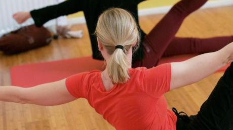 Einen Online-Pilates-Kurs bietet die Vhs in Babenhausen an.