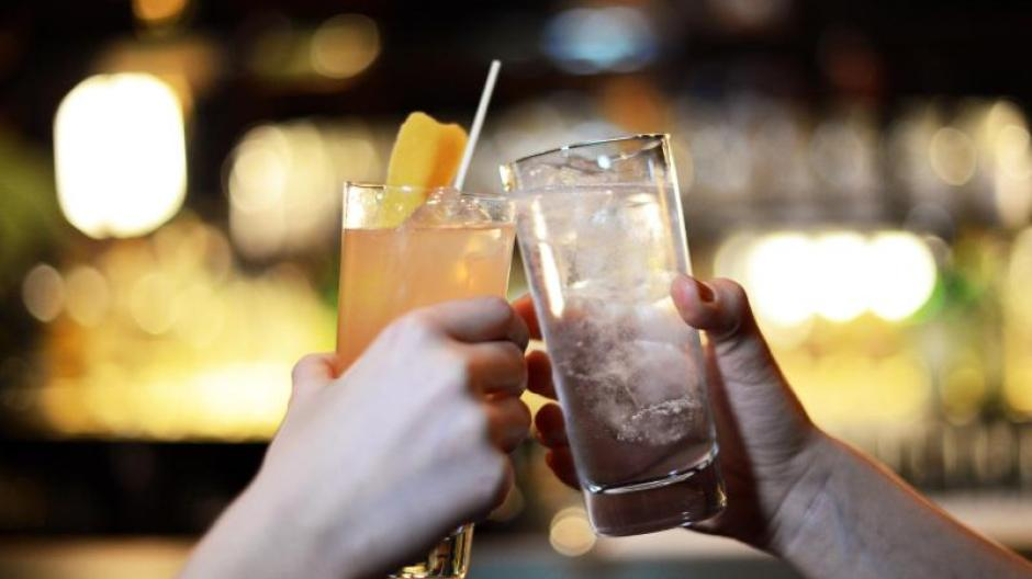 Gin Tonic & Co.: Getränketrends: Das trinken wir 2019 - Gesundheit ...