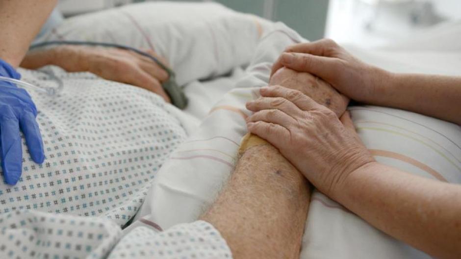 Das Bundesverfassungsgericht hat das Verbot von geschäftsmäßiger Sterbehilfe gekippt.