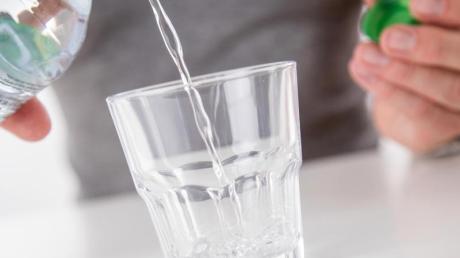 Das Lebenselixir:Wasser ist wichtig - im Handel gibt es dabei eine große Vielfalt.