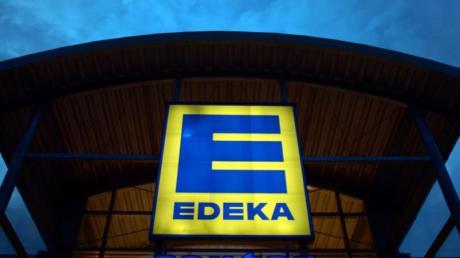 Die Produkte, die Sofine Foods zurückruft, werden unter anderem in den Edeka Märkten verkauft.