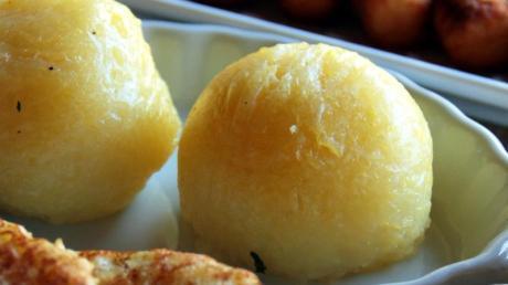 Erst mit Kartoffelklößen wird Weihnachten eine richtig runde Sache.