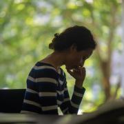 """Eine Corona-Infektion ist für Betroffene oft eine große Belastung. Jasmin M. aus Aichach bekam den Befund """"Corona-positiv"""" gleich zweimal."""