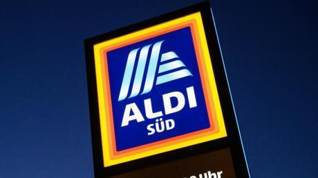 Bei Aldi Süd und bei Lidl wurden mutmaßlich mit Metallteilen verunreinigte Pizzateig-Produkte verkauft.