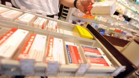 Die Corona-Pandemie könnte zum Risiko für die ausreichende Lieferung von Medikamenten und Impfstoffen werden.