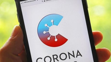 Die Corona-Warn-App zeigt jetzt auch Ergebnisse von Schnelltests an. Damit sollen Infektionsketten noch schneller unterbrochen werden.