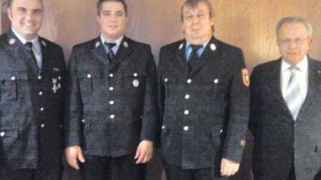 Neuwahlen gab es bei der Feuerwehr Waldstetten. Unser Foto zeigt (von links) Michael Kusch (1. Kommandant), Jürgen Ganser (2. Kommandant), Kreisbrandmeister Ewald Beuter und Bürgermeister Emil Konrad.