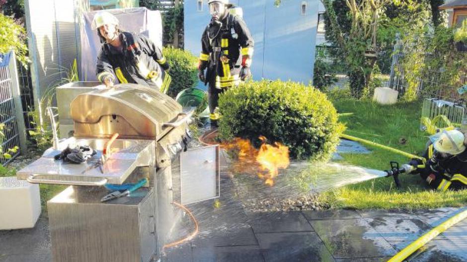 Weber Elektrogrill Fängt Feuer : Tipps: wenn der grill feuer fängt nachrichten günzburg