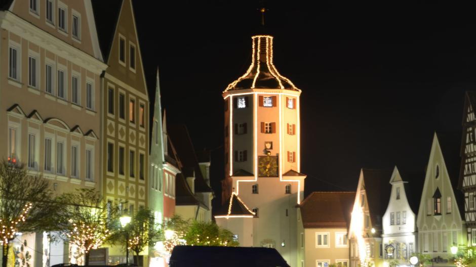 Ersatzglühbirnen Für Weihnachtsbeleuchtung.Lichterglanz Im Landkreis Günzburg Keine Abstriche Bei Der