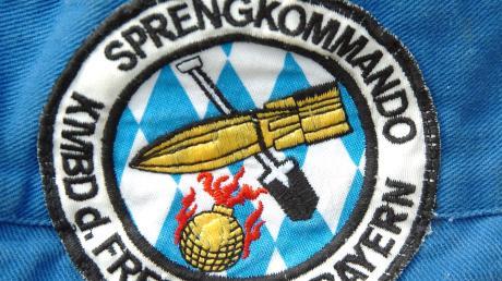 Das Münchner Sprengkommando musste am Freitag auf dem Sonderflughafen Oberpfaffenhofen einen Blindgänger aus dem Zweiten Weltkrieg entschärfen.